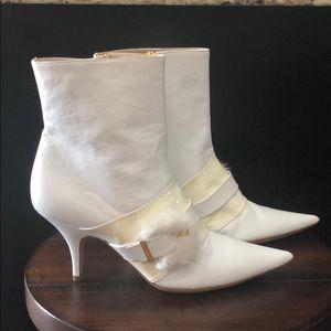 Bruno Magli NWOB White Booties Size 9